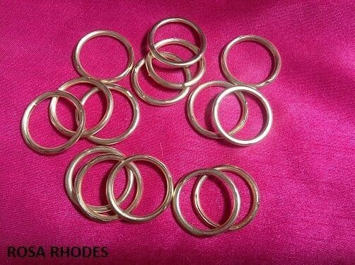 10 x 25mm BRASS CURTAIN TIE BACK RINGS